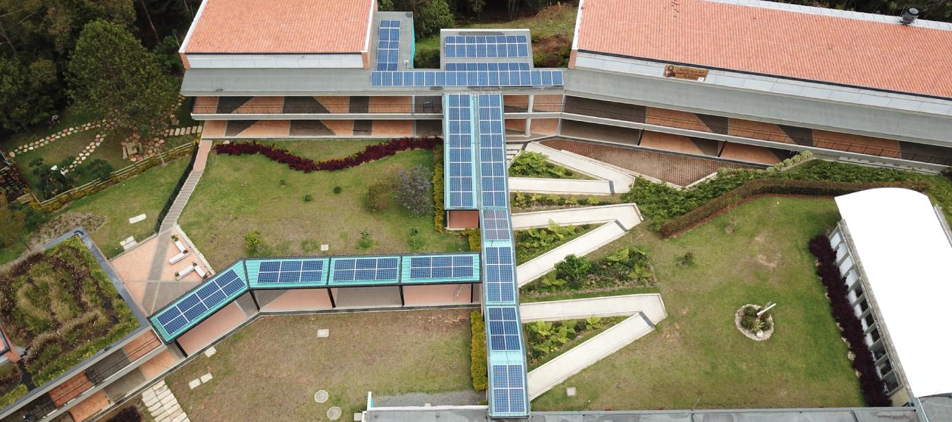 Sistema de Energía Solar en ColegioSagrado Corazón Montemayor