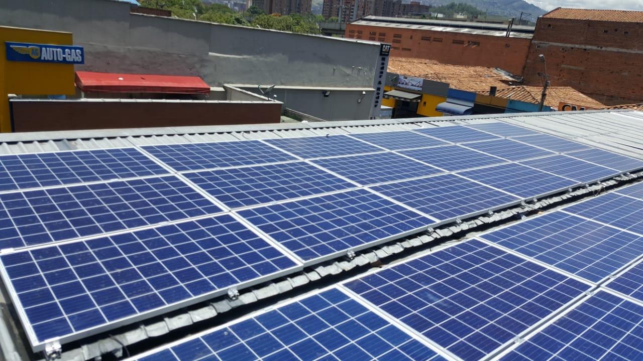 Sistema de Energía Solar enEDS Autogas Santa Marta